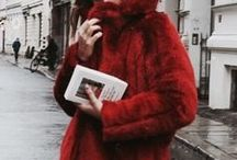 Inspiration Rouge Vif / L'Atelier d'Amaya vous propose de vous plonger dans son tableau d'Inspiration Rouge Vif. Découvrez notre sélection de bijoux rouges en argent, plaqué or et plaqué or rose avec nos inspirations!
