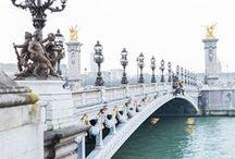 ╚ La Parisienne ╝ / En septembre 2017, notre boutique Parisienne a enfin ouvert ses portes dans le mythique quartier du Marais. Découvrez les inspirations que cette ville romantique nous a apporté.