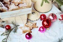 Christmas Ideas and Inspiration / Christmas inspiration -- Christmas decorations -- holiday decorating -- Christmas crafts -- holiday crafts -- Christmas trees -- Christmas decorating ideas.