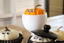 Halloween Food and Ideas / Fun ideas for Halloween treats and decorations -- Halloween decorations -- Halloween ideas -- Halloween crafts -- Halloween recipes.
