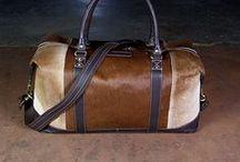 Bag2Bag leren tassen en wallets / Wij verkopen de prachtige collectie leren tassen en wallets van het nederlandse merk Bag2Bag