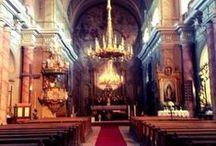 Interioarele bisericilor și  cetatilor medievale