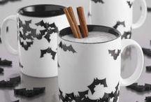 Halloween Mugs / Halloween coffee cups and mugs I need in my kitchen!