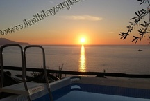Villa located in a quiet position with private pool, Isle of Capri view in Sorrento Coast / More details on: http://www.holidaysup.com website Villa Nilly (approx 270 s.qm) is amazing villa located just a few kilometers from Sorrento town center, exactly just outside the small fishing village of Massa Lubrense in a very quiet position that offers breathtaking ocean views, Bay of Naples, Isle of Capri, Ischia and Procida view. The villa is furnished of air conditioning/heating, a swimming pool above ground (5,80 mt. x 2,95 mt. x 1,35 mt.) is ideal for families of group of friends...