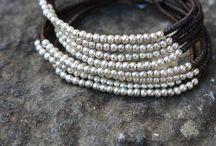 """Bracelets, petits bijoux / Des perles, un fil, un zeste d'imagination, un chouïa de temps... """"Et je serai la plus belle pour aller danser !"""" / by Histoire de..."""