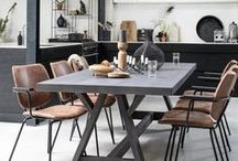 Tables / Bodilson