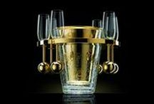 #Vanperckens Golden Champagne Cooler / #Vanperckens the #mostexpensive #ChampagneCooler in the world. A new ICE BUCKET CHALLENGE FOR BILLIONAIRES launched by Van Perckens! Price for the golden version is €550.000. for more info visit the online shop for billionaires&millionaires: www.lux-exchange.com
