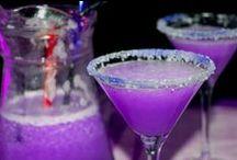 I like the bartender / by Deaira Johnson