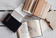 reading→ / Bookworm