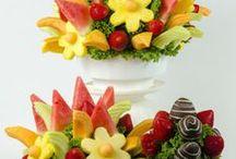 Edible Fruit Blooms - Fun Fruit Ideas / Edible arrangements from your community florist - Timmins Flower Shop / Edible Fruit Blooms