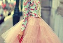 Petticoat Fashion Styling / Petticoats, crinolines, fashion, & fun