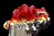Gems, Jeweleries & Minerals