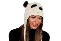 We love panda! / Nel negozio online AddonecapShop puoi trovare gli accessori  abbigliamento con la forma di Panda: dal cappello panda fino al copri casco da sci panda. Scopri i nostri modelli!