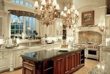 Kitchens / by Carolyn Z