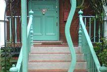 Doors / Doors to open
