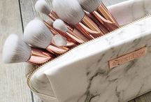Rose gold and marble.