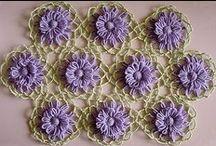 Kwiaty na krosnach/Loom