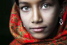 cultures ' portraits.