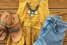 Outfit ideas / Cute and Boho Outfit flatlays and outfit ideas