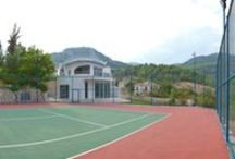Racket House for tennis lovers / LOCATED IN UNBEATABLE SURROUNDS