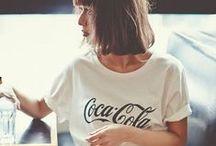 M O N O D R O B E / An ode to clean, simple, fashion choices.