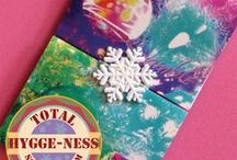 Christmas Card Holder / Christmas cards, greeting card display, snowflakes