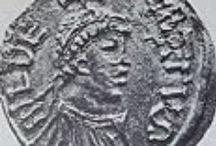 Childebert 1° (v.497 +558) R. de Paris (511), d'Orléans (524), Burgondie (534). Epouse ULTROGOTHE. / *ROIS DE PARIS (511-23 déc 558) Pré Clovis 1, Suc Clotaire 1 (réunion des royaumes francs) *ROI DES FRANCS D'ORLRANS (524-23 déc 558) Préd Clodomir (division du royaume) Suc Clotaire 1 (réunion des raoyaumes francs). *ROI DE BURGONDIE (534-23 déc 558) en tandem avec THIBERT 1 (534-548), THIBAUT 5548-555), CLOTAIRE 1; préd Godomar III, Suc Clotaire 1 (Réunion des royaumes francs. -Mérovingiens, né v. 497, + le 23 déc 558. Père CLOVIS, mère CLOTILDE. Conjoint: ULTROGOTHE. Enfants: 2 filles.