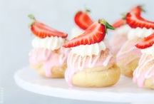 Fancy desserts / - Fancy, luxury desserts - Bite sized desserts - Salad desserts - Mousses - Creamy desserts - Cake pops - Cinnamon rolls - Churros - Jello - Candies