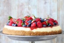 Pies & Tarts / - Pies - Tarts - Cheesecakes - Sweet pizzas - Old-fashioned pies