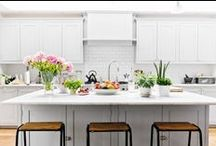 in the kitchen / from spoons to tables, from chairs to tea towels - what makes our kitchen 'ours' / by synapse *