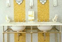 Bathrooms / by Lauren Lopez