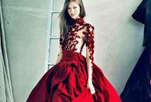 DRESSES ONLY | Rock the Baroque / Barok is rijk, weelderig en voorzien van mooie, ambachtelijke details en opvallende prints. Helemaal jouw stijl?