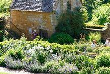 Gardens / Gardens to live in