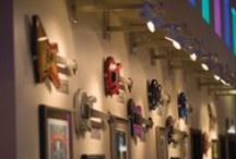 Rockin' Memorabilia / Signed, one-of-a-kind pieces of memorabilia as well as state-of-the-art interactive music memorabilia