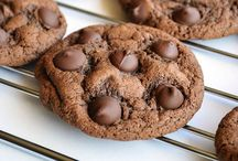 Cookies / Cookie recipes! / by Michelle Larkins