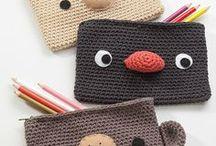 Crochet Neceser