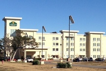 Cedar Park Hotels / Stay in one of our fabulous six hotels!