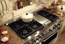 Kitchen Inspiration - Traditional / Find inspiration for designing a traditional kitchen.
