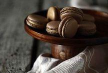 Macarons & Meringues
