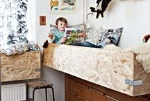 Kids Room Boys  ||  jongenskamer / Stoere kamers voor stoere jongens. Hout, metaal, posters, klimmen en klauteren, hutten, auto's en dino;s. Ook neutraal, vintage en retro kan natuurlijk...welke stijl kies jij?