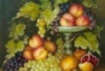 Kosovka Marinković / Kosovkine slike krase lepota i tajanstvenost klasične slike i crte holandsko-flamanskog slikarstva 17. veka. Vrlo su dekorativne, pune nežnosti, podsećaju na jug Srbije gde je Kosovka i rođena. Fascinirana je flamanskim slikarom Peterom Paulom Rubensom i uradila je ciklus slika 'Rubensu s ljubavlju'. Kosovka je poznata kao KRALJICA RUŽA, čiji miris gotovo da možete tačno zamisliti i gotovo osetiti dok uživate u njenim delima.