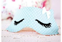 { Sleep mask } / Make your own Sleep Mask, perfect for cat naps, headaches or spa days.