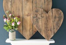 Decoration *Wooden* / Recycled pallets. Furniture made from wooden pallets.