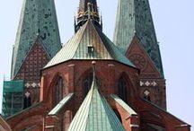Lübeck / Fotos, Geschichten und Hintergrundinformationen zu Gebäuden in der #Hansestadt #Lübeck. Weitere Bilder und Hintergründe unter: http://hansestaedte.com/category/bilder/luebeck/