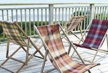 Beachcomber / Beachcomber wool is woven from 100% wool with a stain repellent finish for extra practicality and soft, peach skin finish. Choose from 22 colours from simple neutral tones to wonderfully rich heather colours and classic autumn reds and russets. A beautiful collection of tartan's.