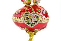 Faberge Eggs / Faberge inspiration for everyone who thinks Faberge Eggs are cool!  Pics of Original Faberge eggs, DIY for kids and adults, and of course, Faberge Eggs.