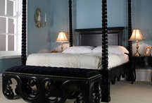 Four Poster Beds / We love four poster beds!