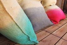 Rugs/throws/ottoman/cushions