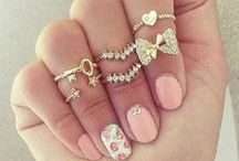 Accessories / Jewellery, shoes, rings and much more