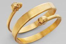 Alluring jewellery
